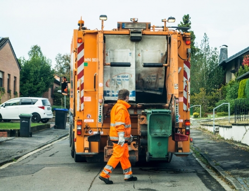 Przepisy dotyczące wywozu odpadów w Polsce wciąż niejasne.