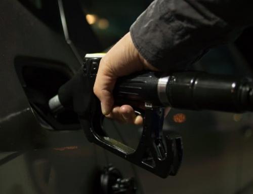 Gdzie lepiej nie tankować. Adresy stacji paliw. UOKiK zbadał jakość.