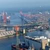 """Köhlbrandbrücke - słynny """"wisielec"""" w Hamburgu ma nowe ograniczenia odległości pomiędzy ciężarówkami."""