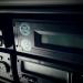 Czy powinieneś wyciągnąć kartę z tachografu na pauzie mimo, że przebywasz w pojeździe?