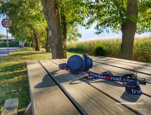 Chwila relaksu w trasie… Słuchawki bezprzewodowe Plantronics BackBeat GO 600.