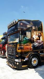 galeria truckeronroad 240